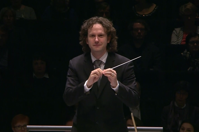 Watch Nicholas Collon conduct Ades & Prokofiev with Finnish Radio Symphony Orchestra