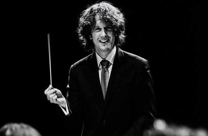 Announced as Chief Conductor and Artistic Advisor of Residentie Orkest from September 2018