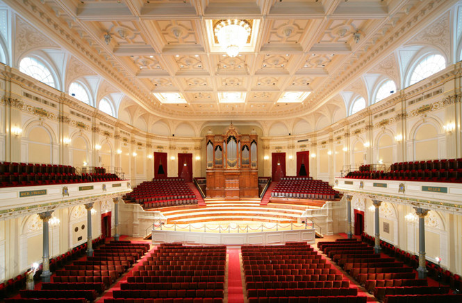 Aurora Orchestra's debut at the Concertgebouw & Berlioz Festival